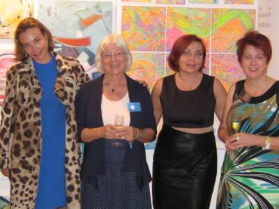 Mit meinen Nachbarkünstlerinnen aus Italien, Russland und der Schweiz